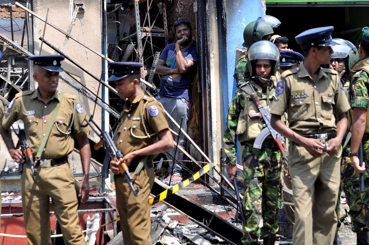Buddhist mobs target Sri Lanka's Muslims despite state of emergency