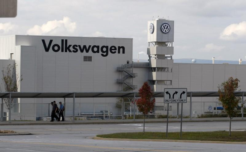 Volkswagen to announce $340 million Tennessee investment to build...