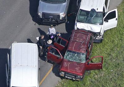 Texas bombing suspect blows self up