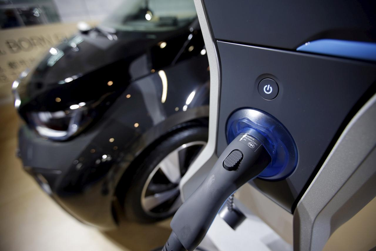 Bmw Says Electric Car Mass Production Not Viable Until 2020 Reuters