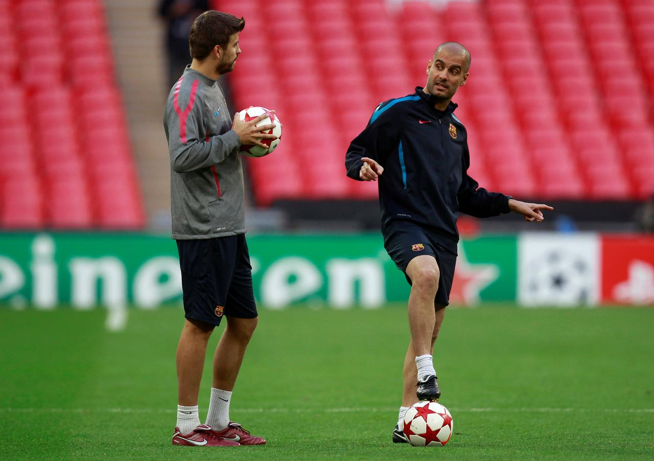 Guardiola lost faith in me at Barca, says Pique - Reuters