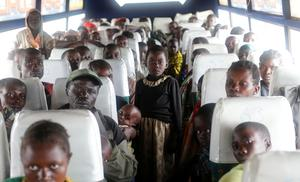 Congolese flee ethnic fighting