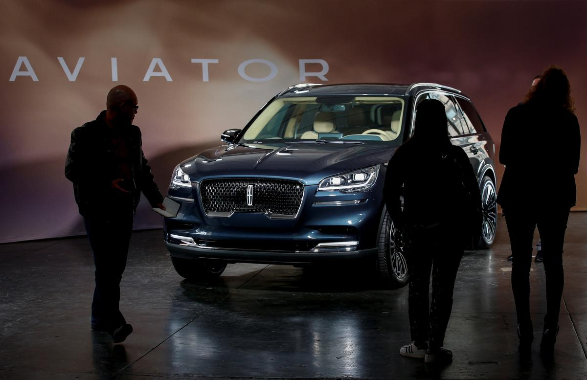 Lured By Rising Suv Sales Automakers Flood Market With Models Reuters