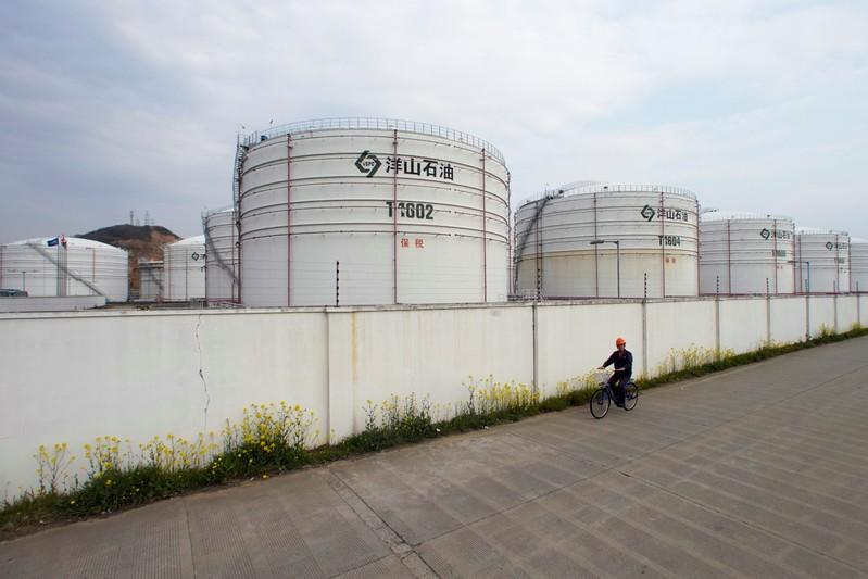 China's crude oil futures contract should confound the