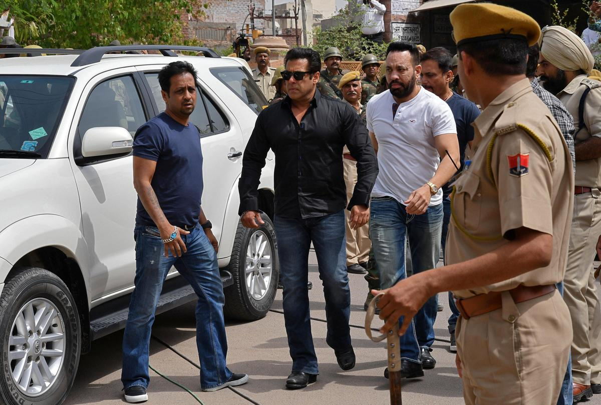 Bollywood star Khan jailed for five years for poaching antelope