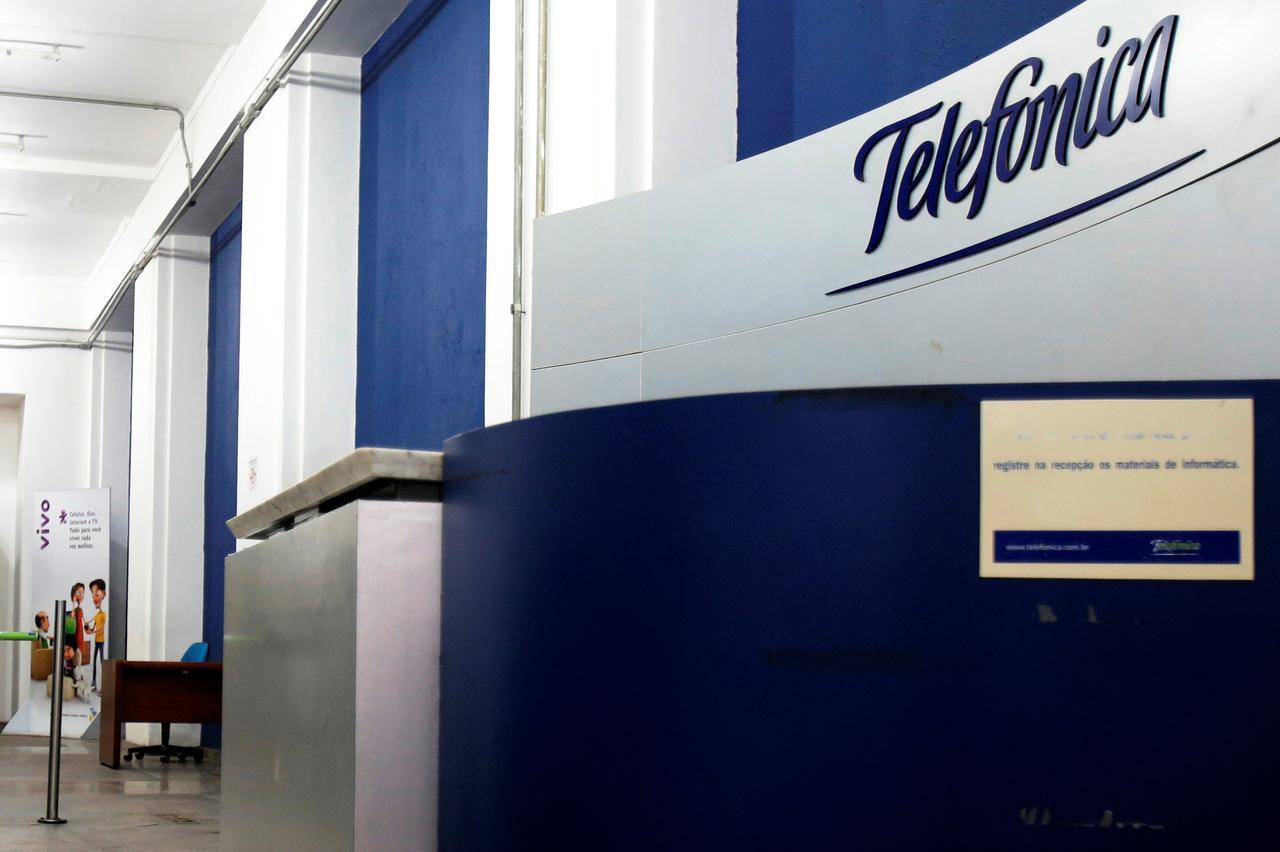 Telefonica Brasil to expand ultra-fast broadband to 20 new