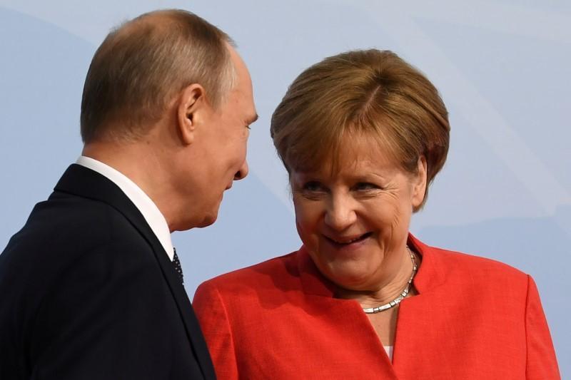 El gobierno alemán confirma que Merkel se reunirá con Putin en Sochi el 18 de mayo