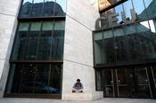 มหาวิทยาลัยโซรอสบอกว่าจะอยู่ในบูดาเปสต์หลังจากออกจากมูลนิธิแล้ว
