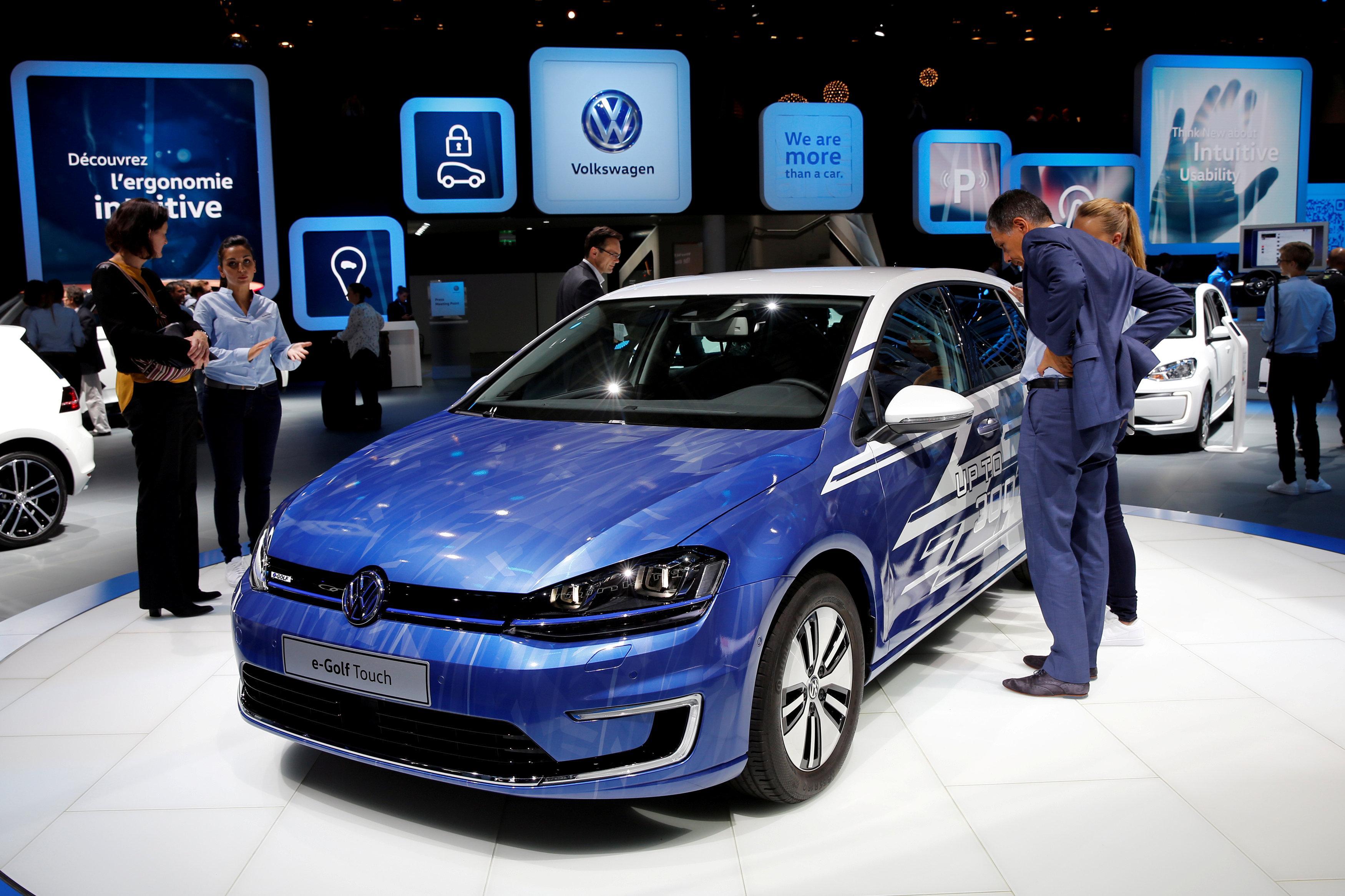 Volkswagen S Biggest Brand To By Pass Paris Auto Show Reuters