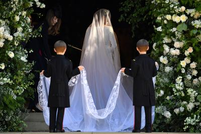 Meghan's royal wedding dress