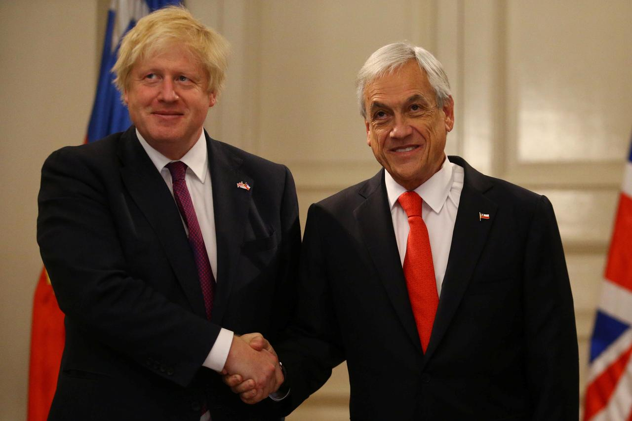 Uk Foreign Secretary Seeks Trade Agreements In Chile Latin America