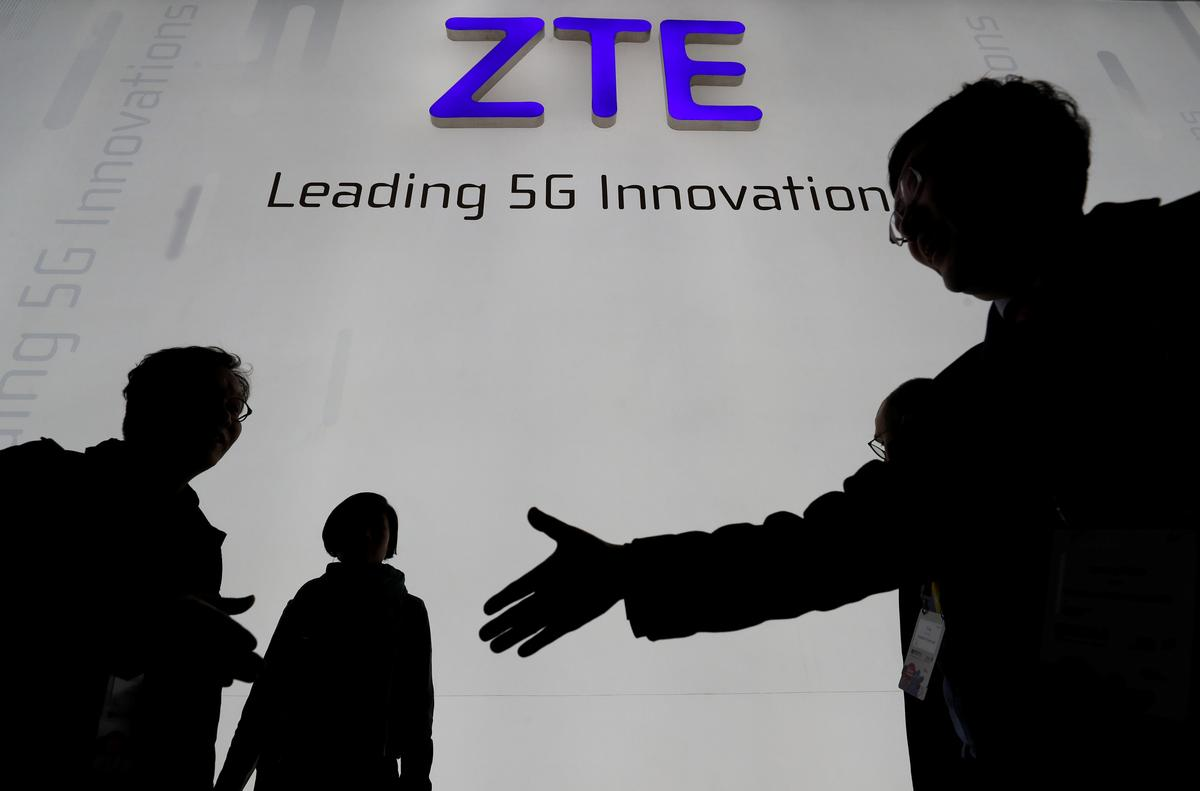 U S  reaches deal to keep China's ZTE in business
