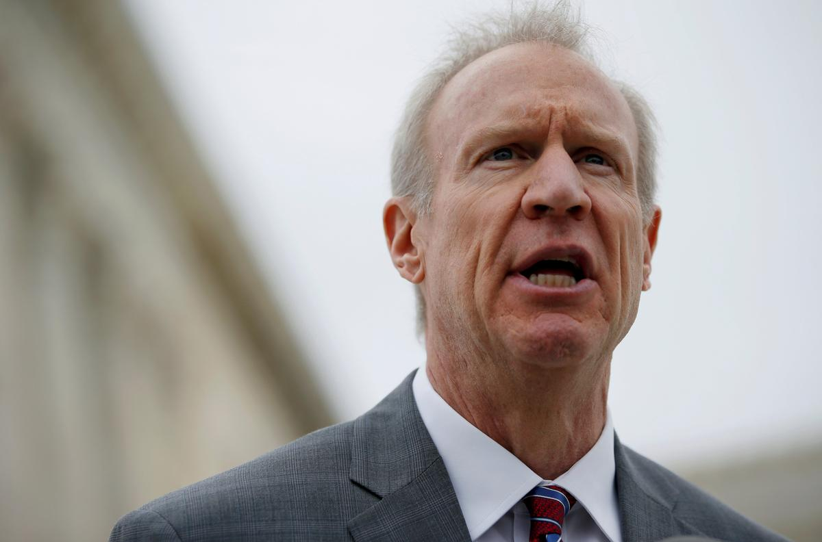 Credit analysts focus on substance over timing of Illinois budget | Reuters