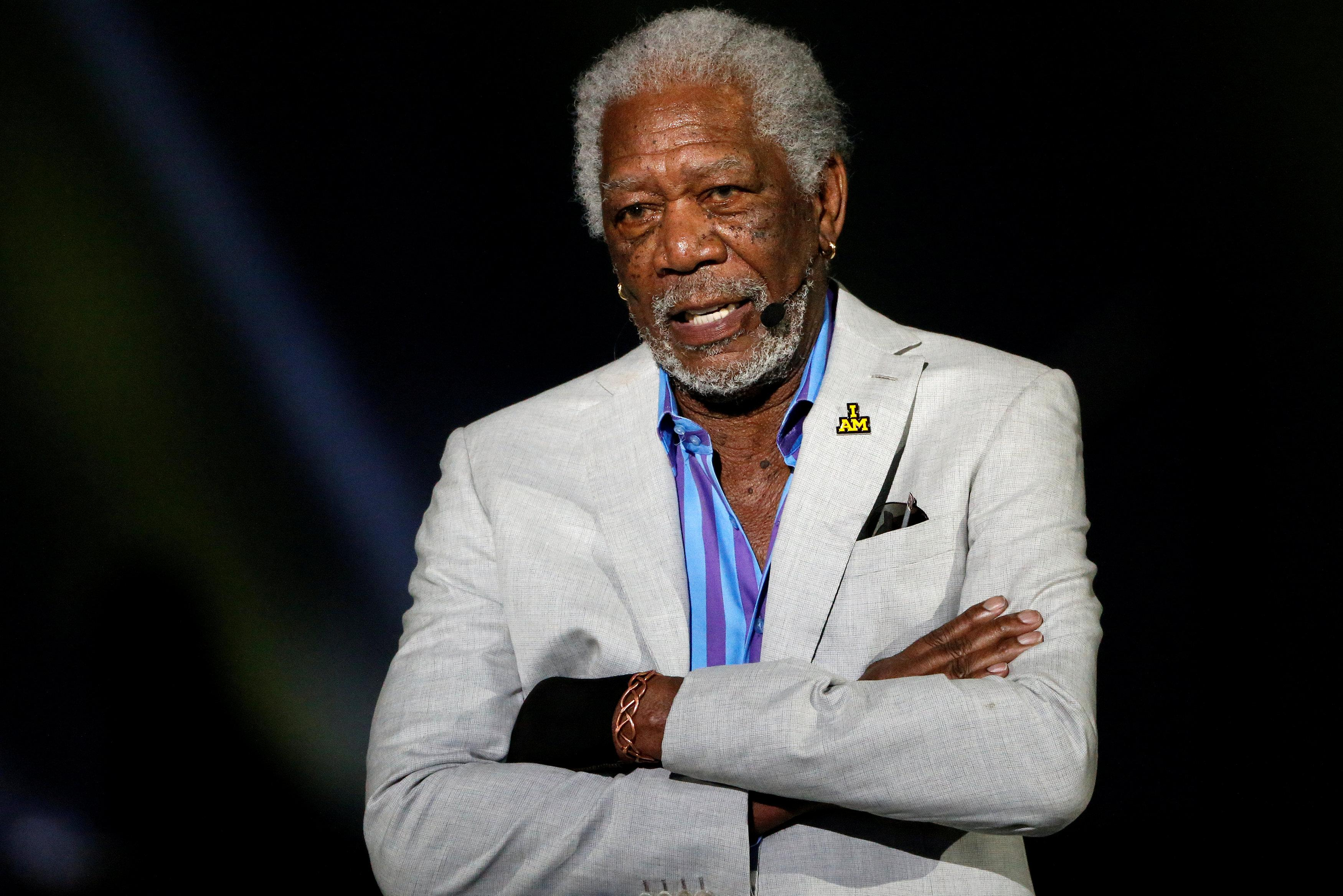 Actor Morgan Freeman Apologizes After Accusations Reuters
