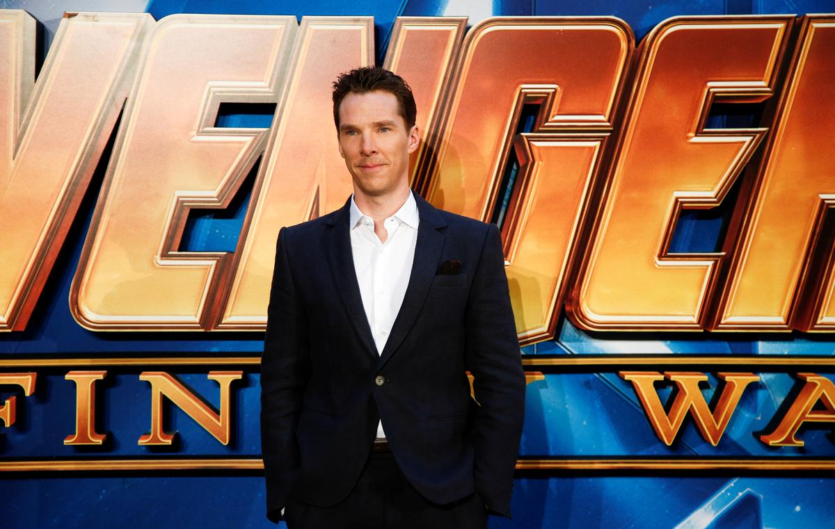 Sherlock actor Benedict Cumberbatch saves cyclist from muggers in...