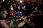 Young Jordanians ได้ลิ้มรสการประท้วงทางการเมืองเป็นครั้งแรก