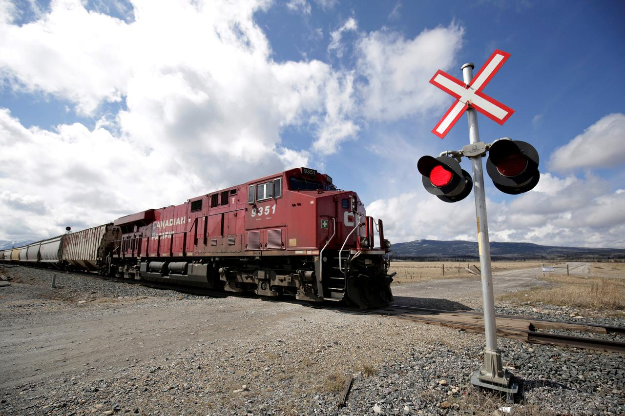 CP Rail deal will give workers 9 percent raise over four