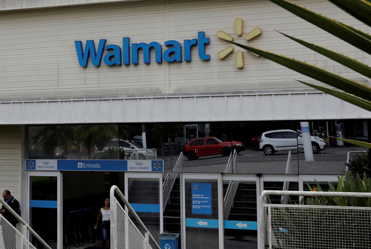Walmart Sues To Bar Former Tax Executive From Joining Amazon Reuters