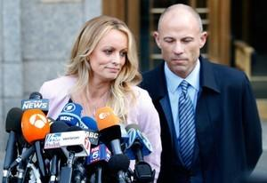 photo image Trump's former lawyer requests restraining order against Avenatti