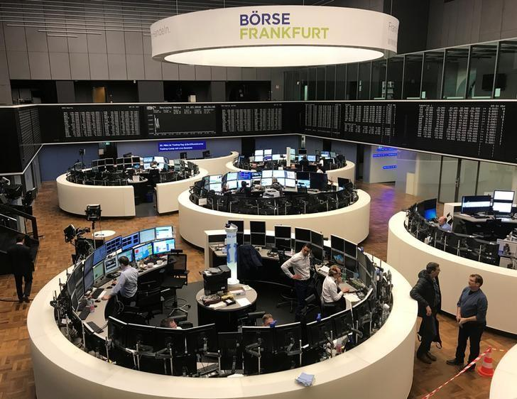 Simmering trade tensions set stocks up for weekly loss   Reuters