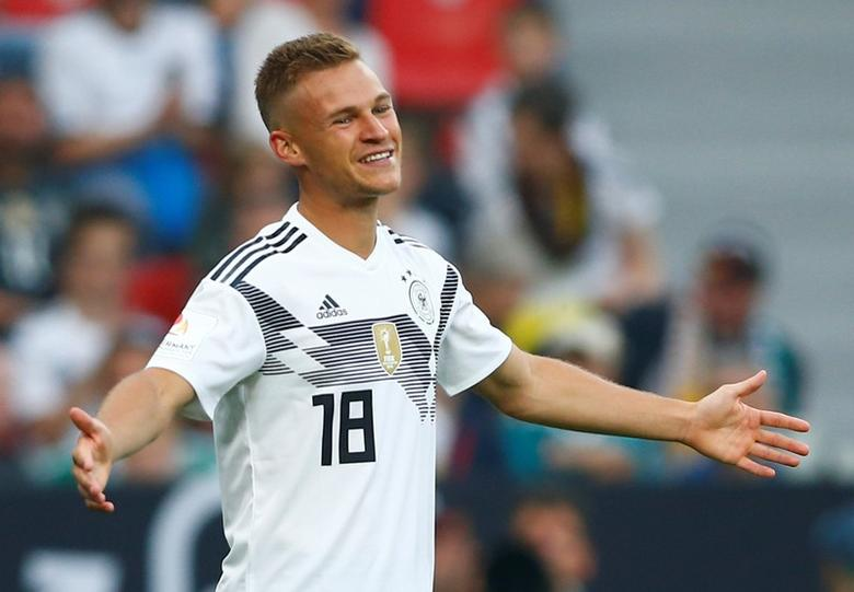 Germany's Kimmich living the dream, not trying to be Lahm 2.0 ...