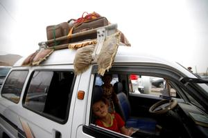 Yemen residents flee fighting