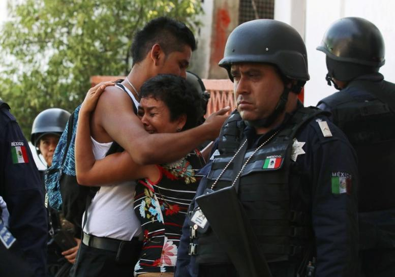 In bloody drug war, Mexico's new leader may try negotiating