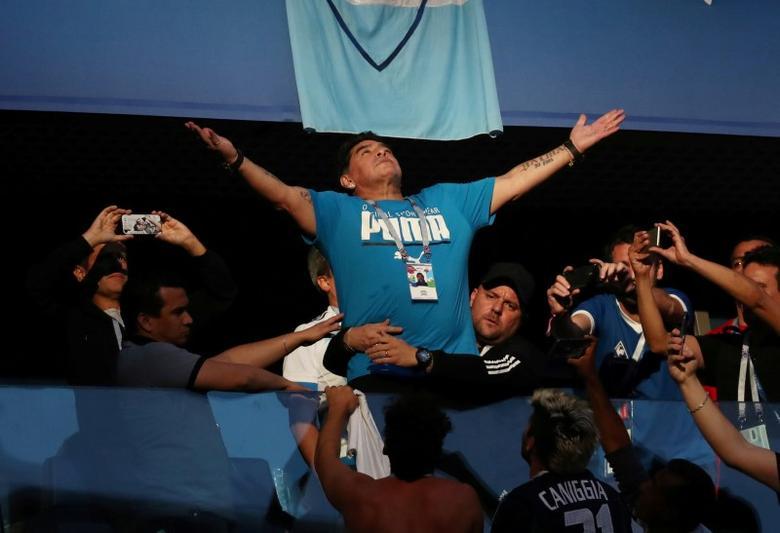 Maradona Offers To Coach Argentina For Free Reuters Com