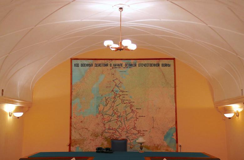 Inside Stalin's secret WW2 bunker   Reuters com
