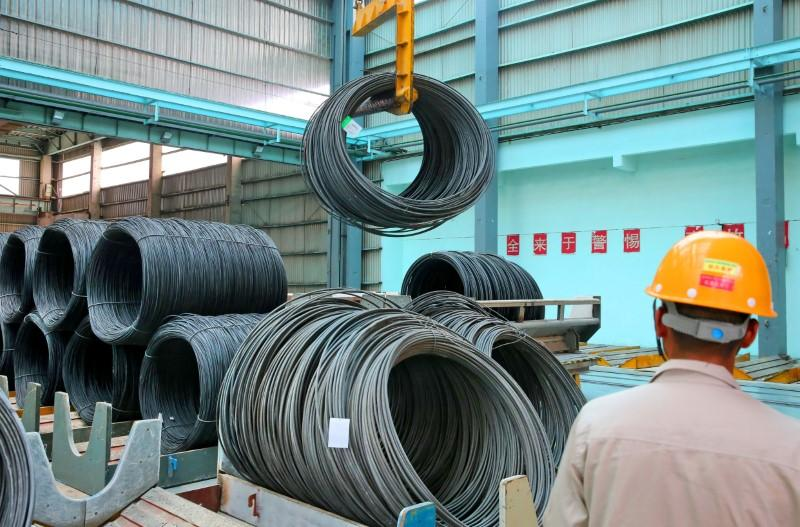 China sets record daily steel output for third month in a row | Reuters