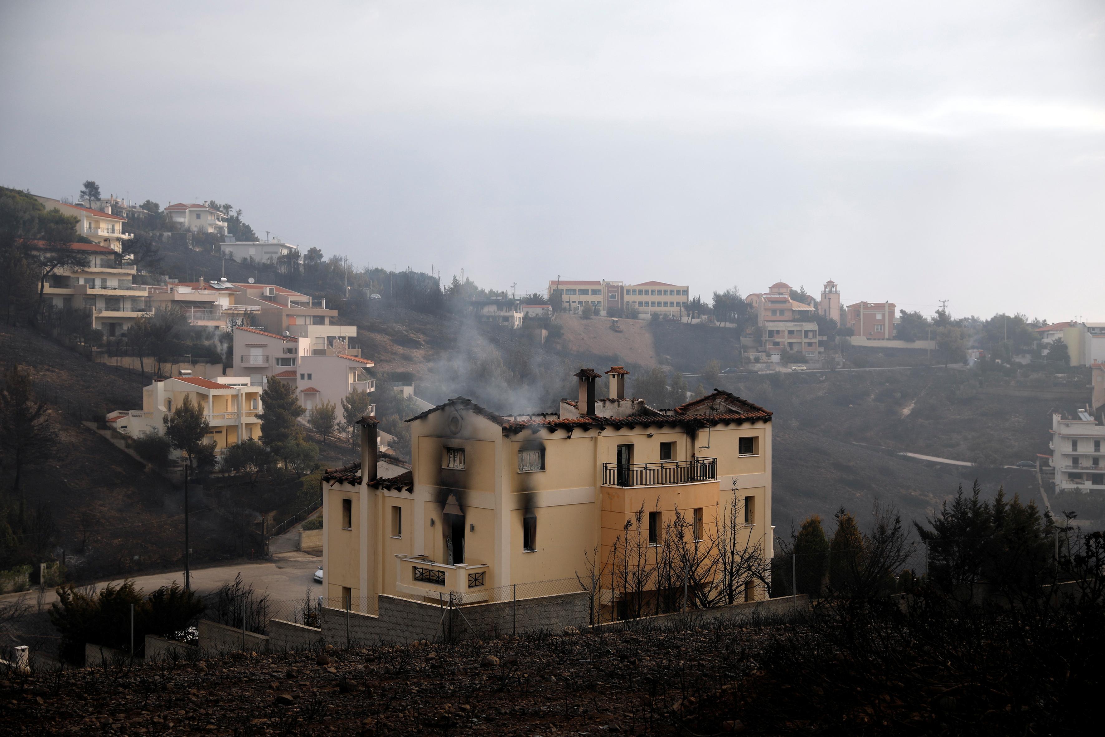 Ήταν όλα θαμπάδα στο χάος της φωτιάς, λέει ο Έλληνας