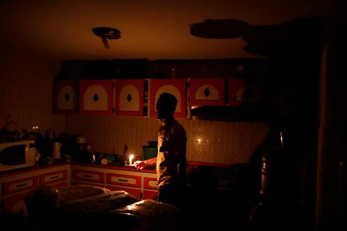 Venezuela struggles to keep the lights on
