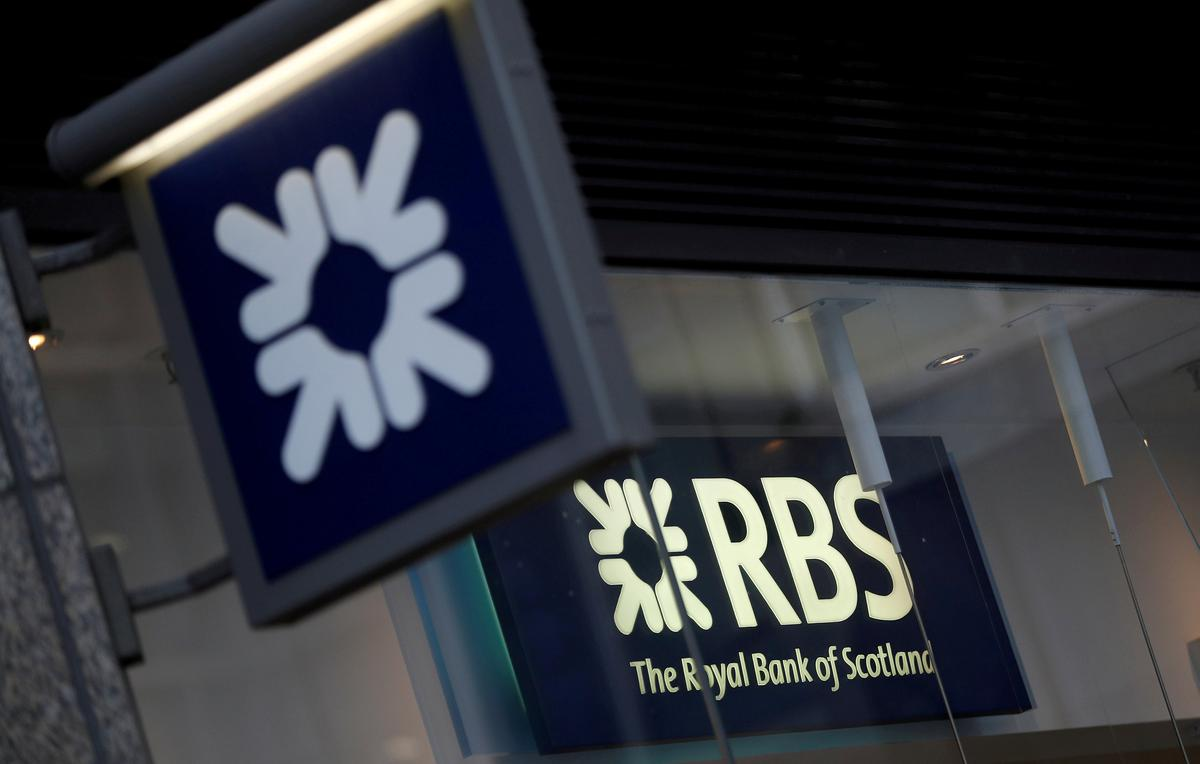 Rbs Announces First Dividend In A Decade Reuters