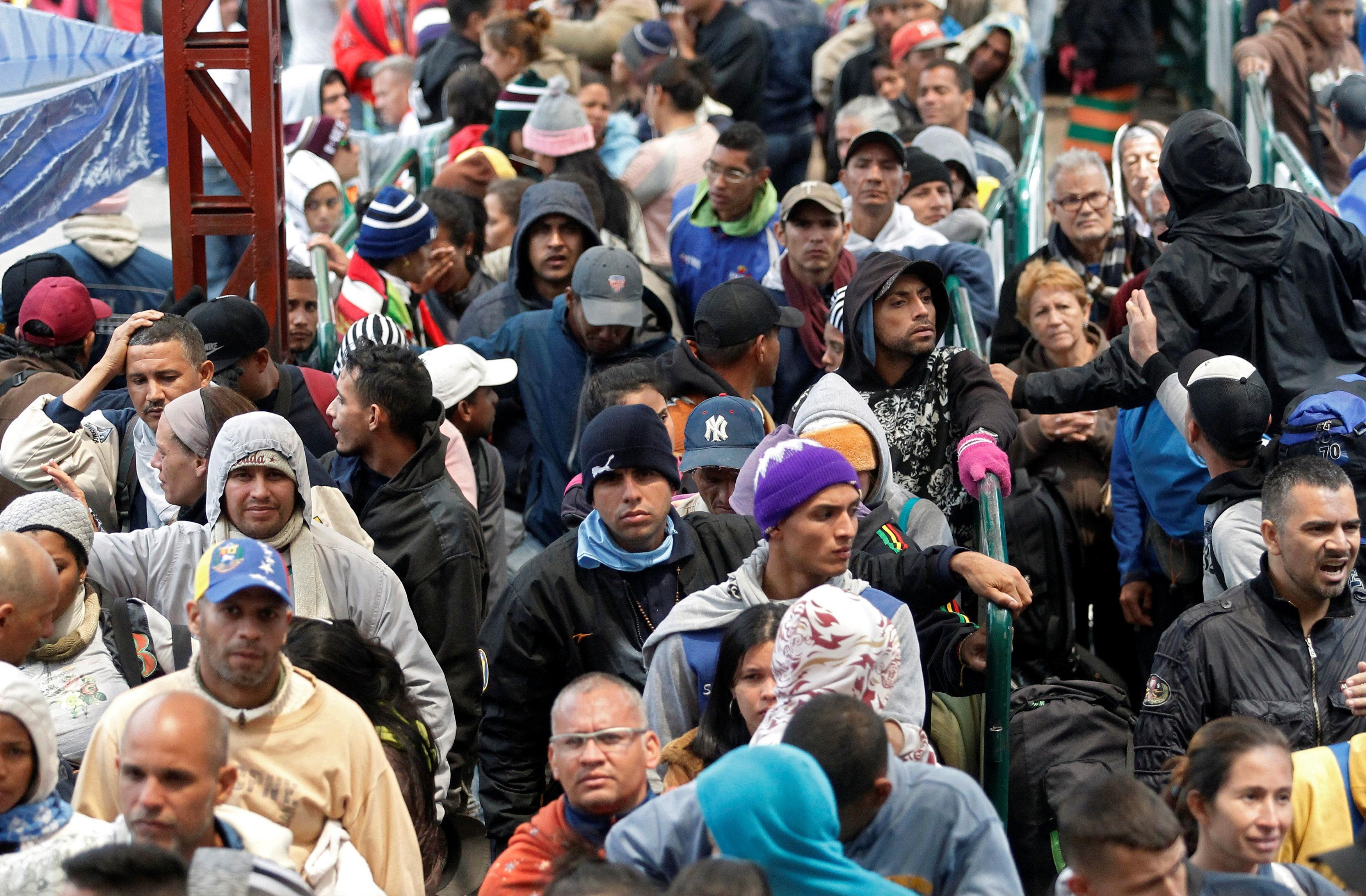 start barring venezuelan migrants - HD3500×2296