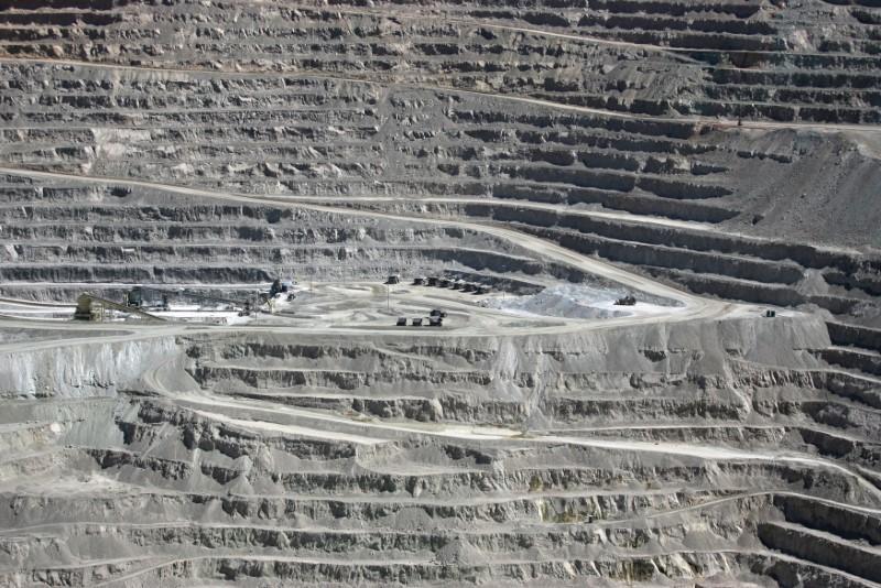 BHP, union extend labor talks at mammoth Chile copper mine | Reuters