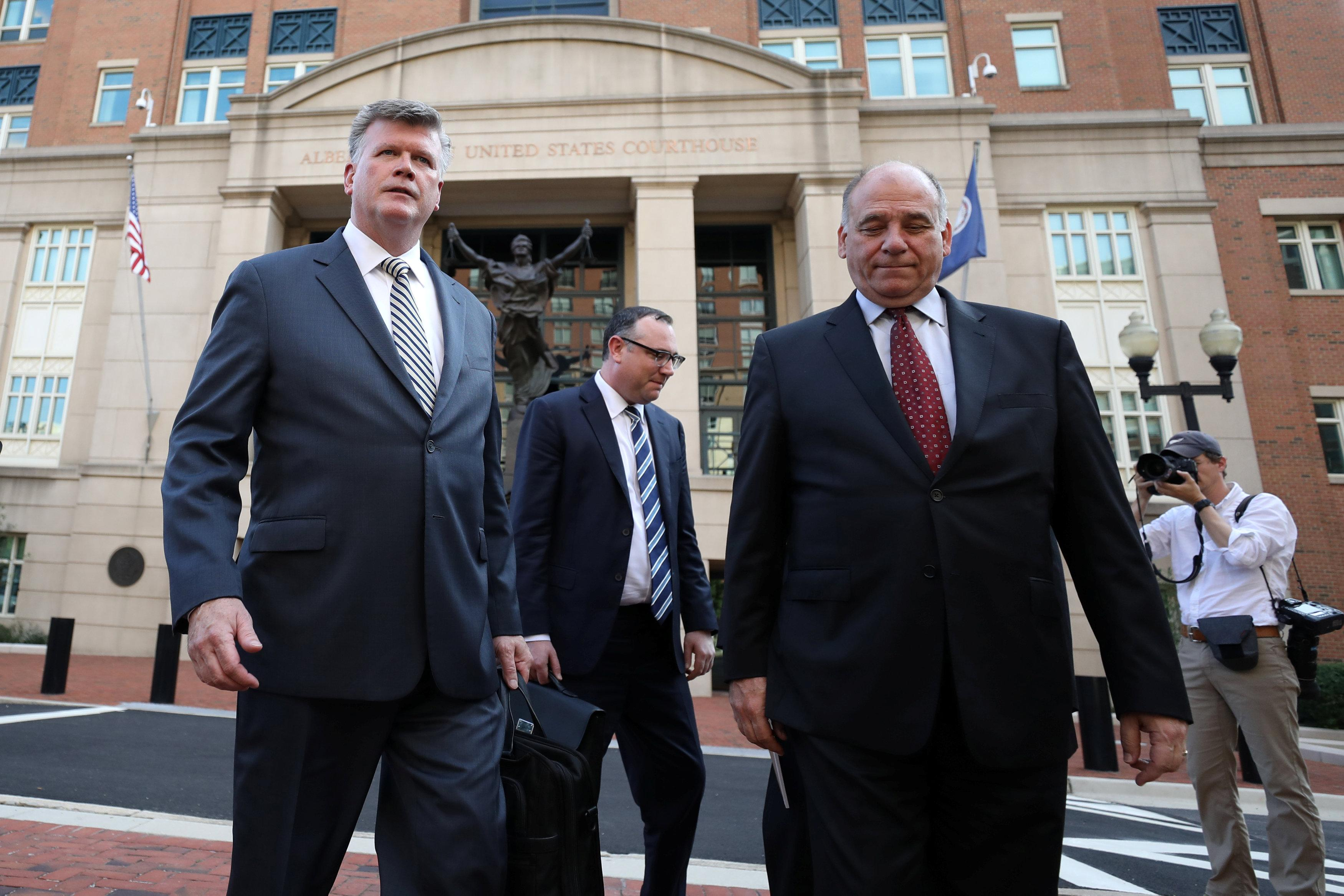 Jury ends first day of deliberations in ex-Trump aide Manafort's trial