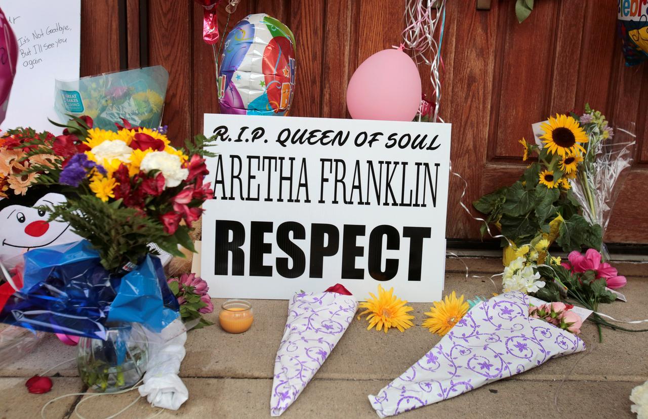 Stevie Wonder Heads Star Line Up For Aretha Franklin Funeral Reuters