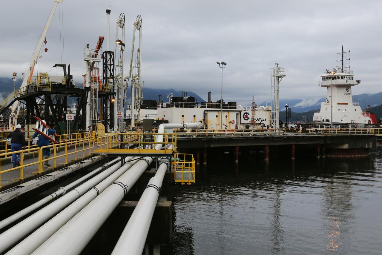 Freight fuel market moves back towards balance