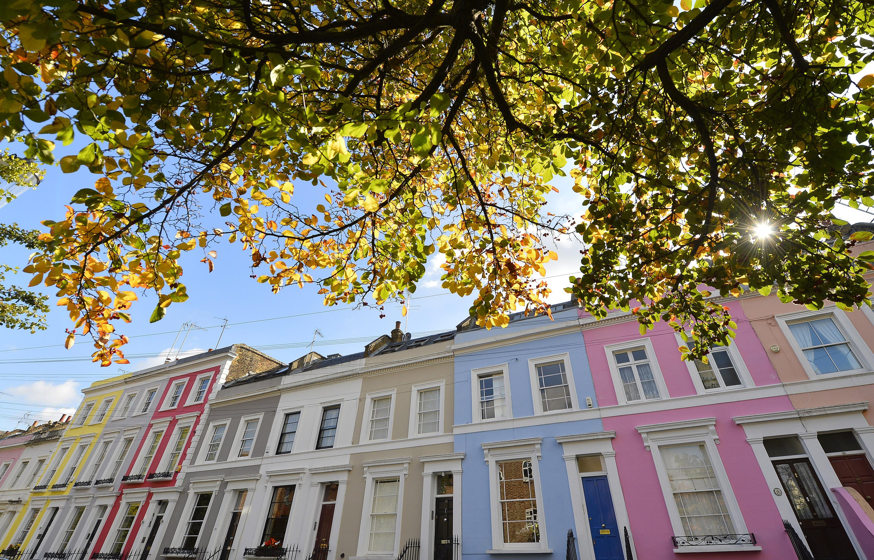 London house prices to fall this year and next, 1-in-3