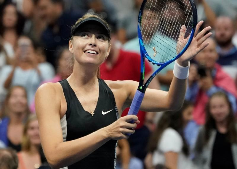 Working U.S. Open night shift fine with Sharapova