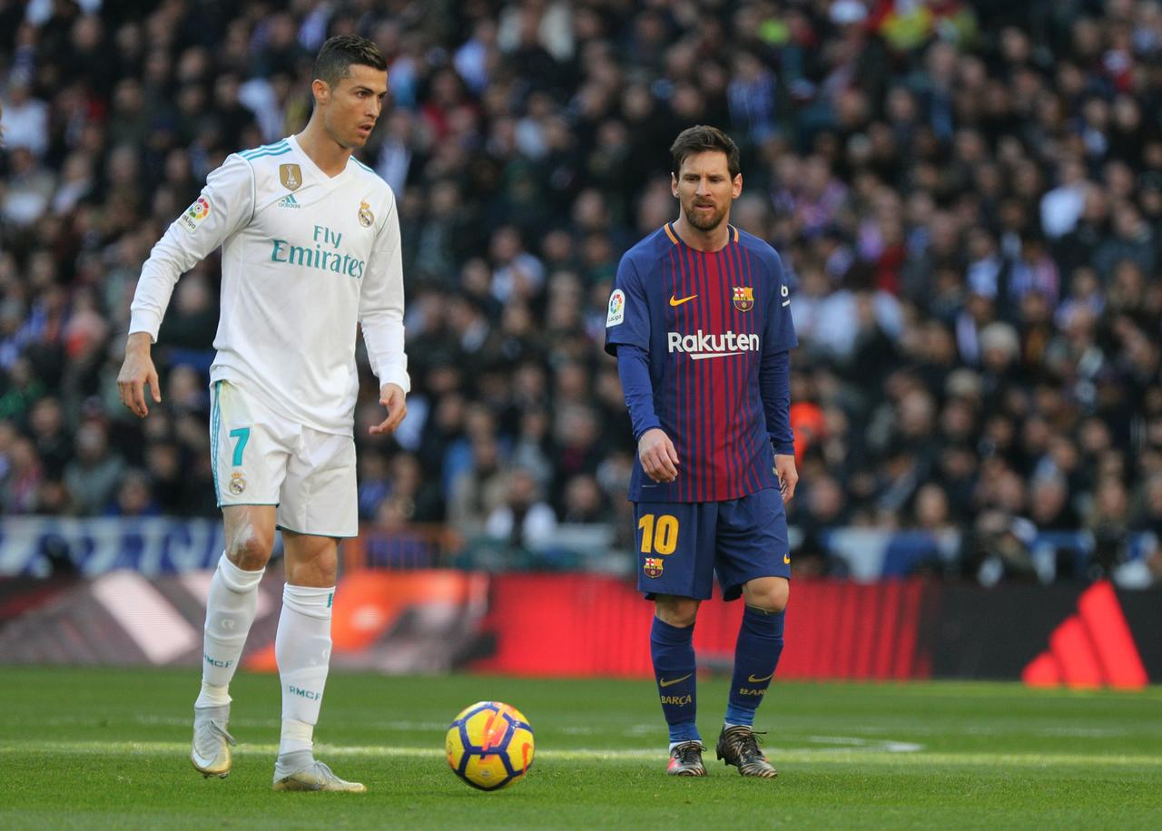74ea85e2918 FILE PHOTO: Soccer Football - La Liga Santander - Real Madrid vs FC  Barcelona - Santiago Bernabeu, Madrid, Spain - December 23, 2017 Real  Madrid's Cristiano ...