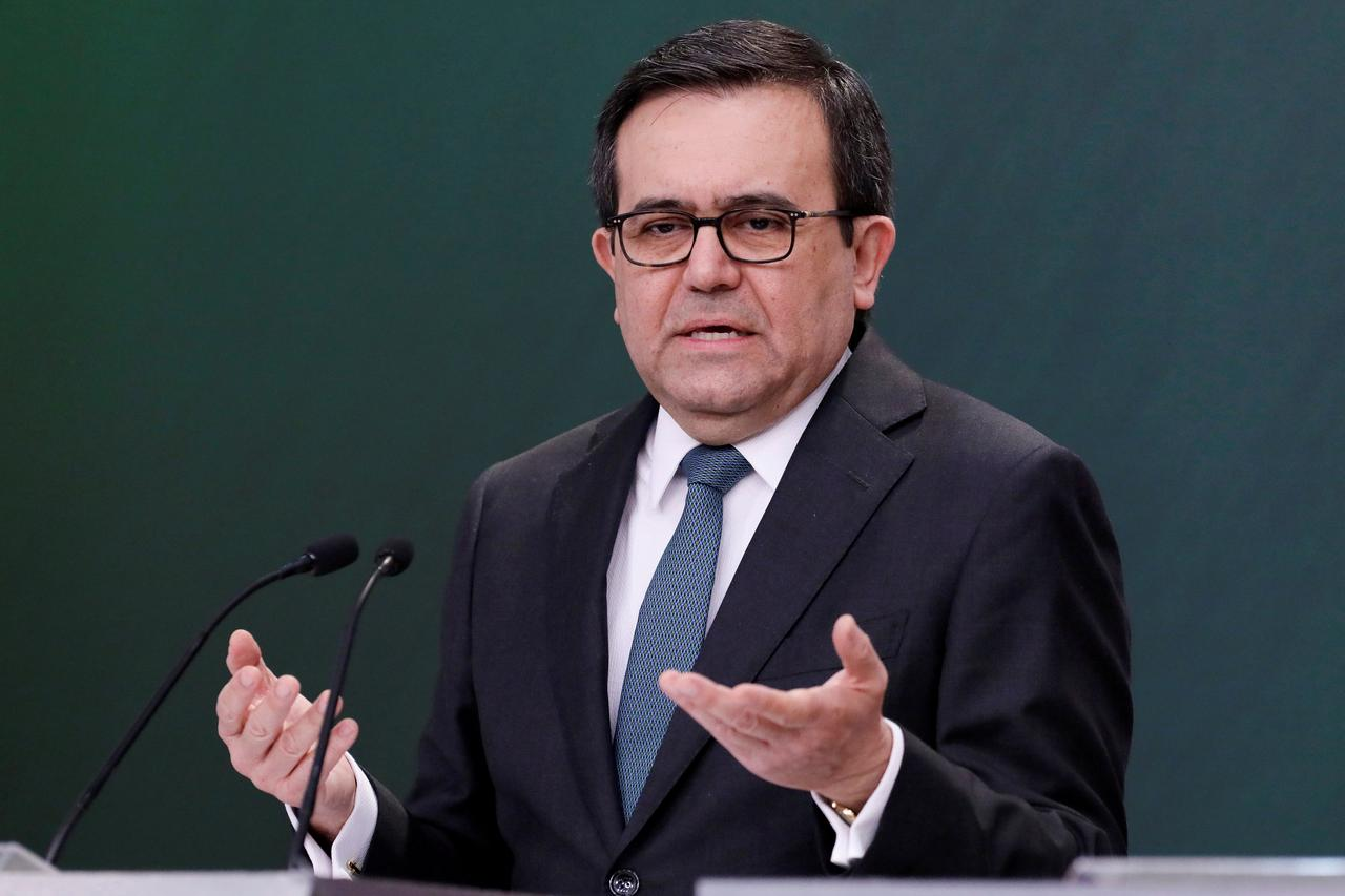 Mexico Wants Steel Dispute Ended Before New Nafta Signed Minister