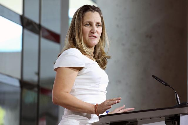 reuters.com - Reuters Editorial - Canada's Freeland returns to Washington for NAFTA talks