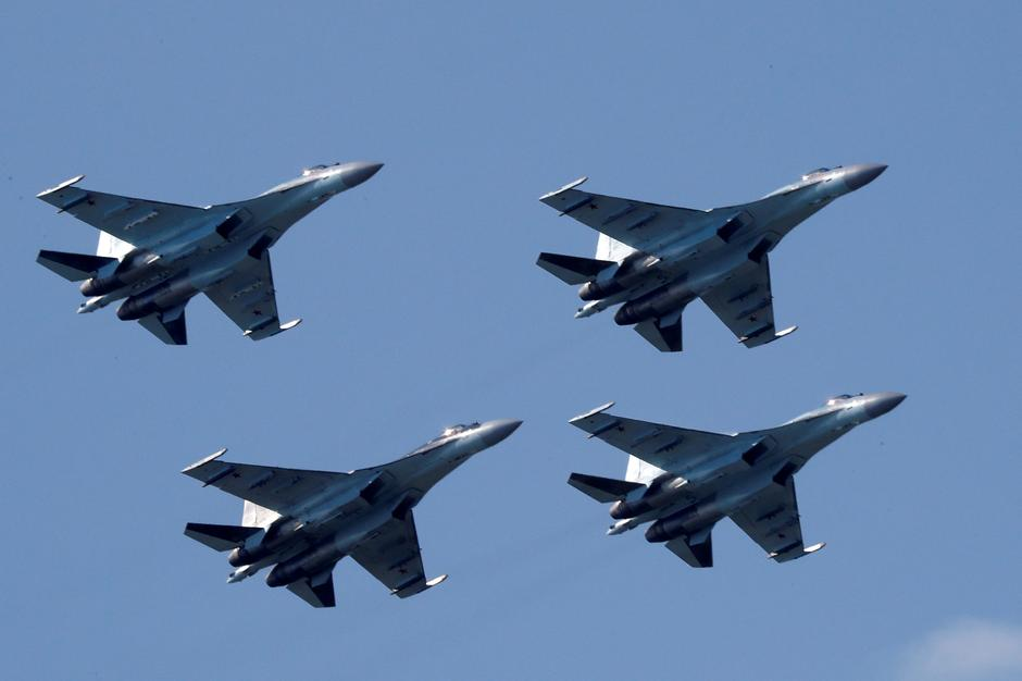 U S  sanctions China for buying Russian fighter jets, missiles - Reuters