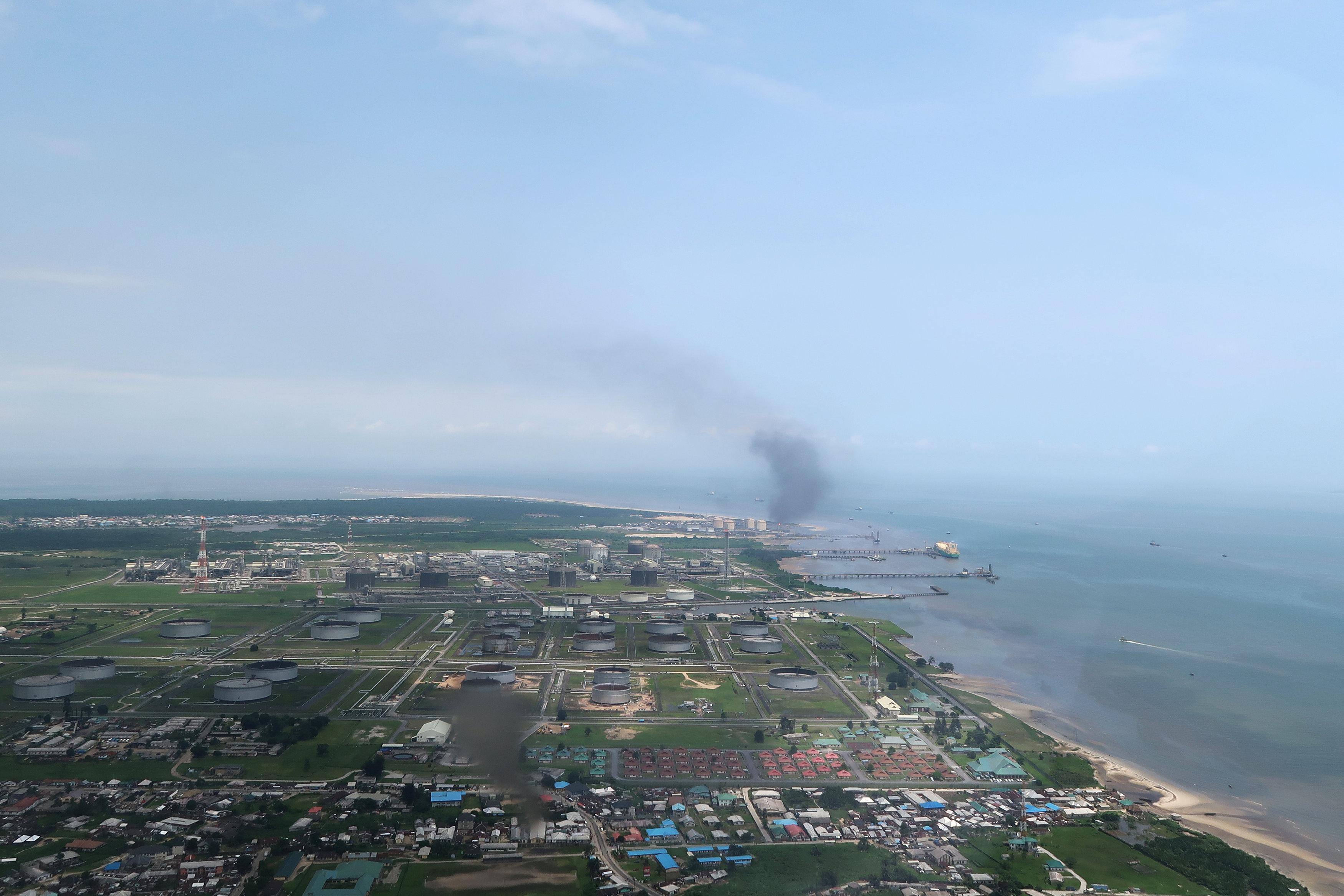 A view shows the Bonny oil terminal in the Niger delta which is operated by Royal Dutch Shell in Port Harcourt, Nigeria August 1, 2018. Picture taken August 1, 2018.  Ron Bousso