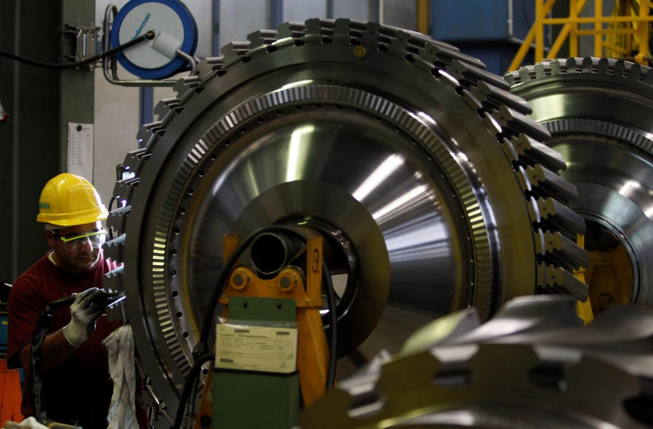 Siemens to cut 2,900 German jobs as part of 500 million euro cost