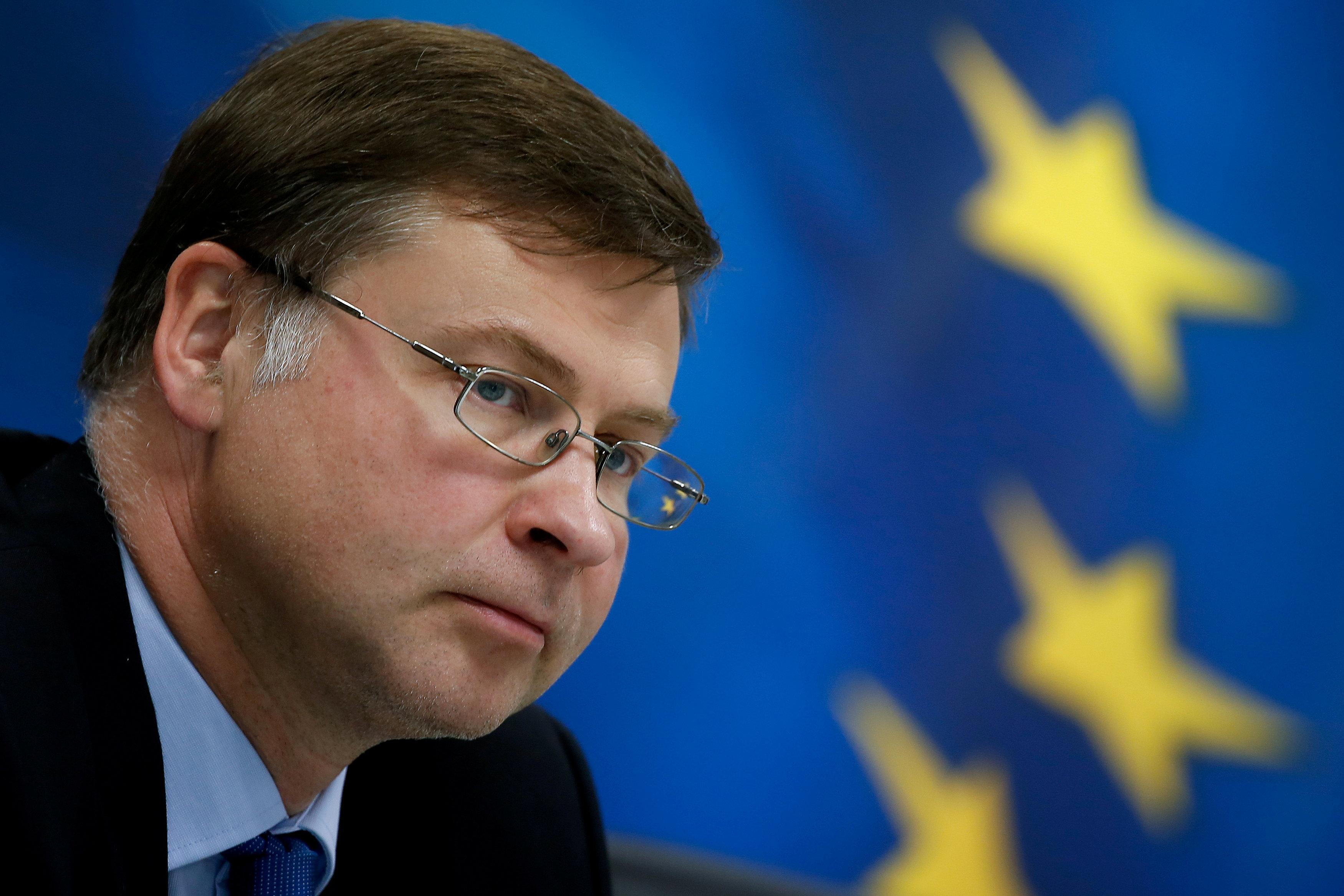 Valdis Dombrovskis attend a news conference at the Finance Ministry in Athens, Greece, June 15, 2018. Costas Baltas