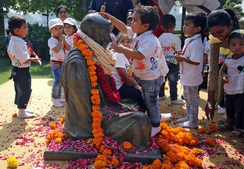 India celebrates Gandhi Jayanti