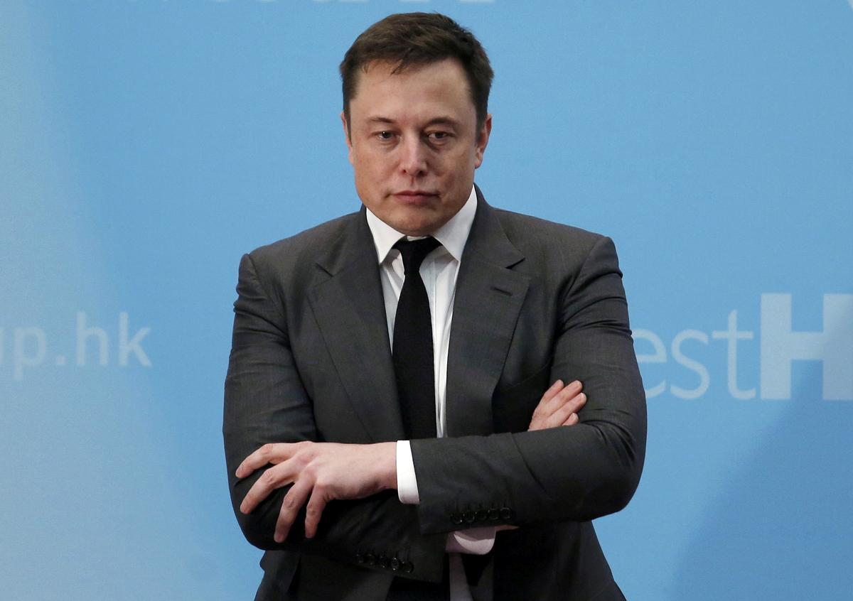 SEC, Tesla support approval of settlement