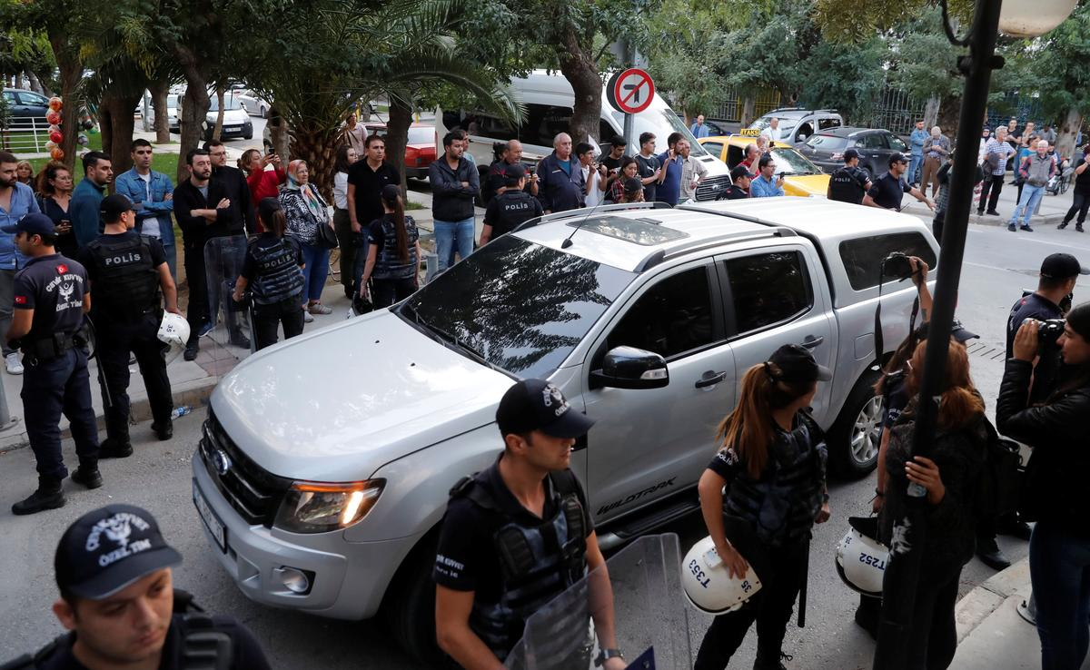 U.S. pastor Brunson arrives home in Turkey after release by court